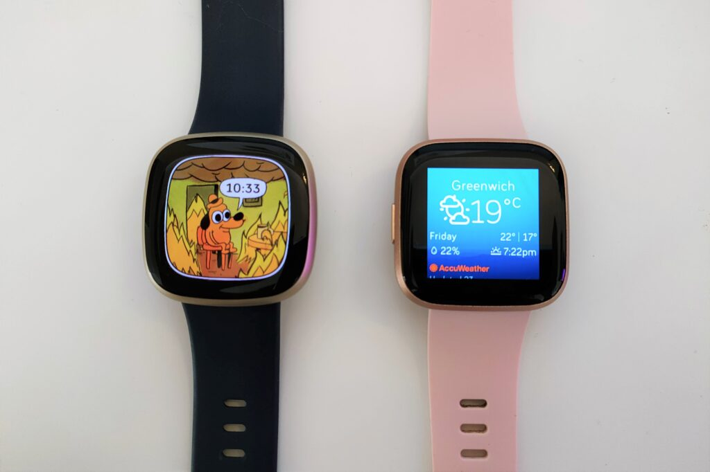 Fitbit Versa 3 vs Versa 2 display