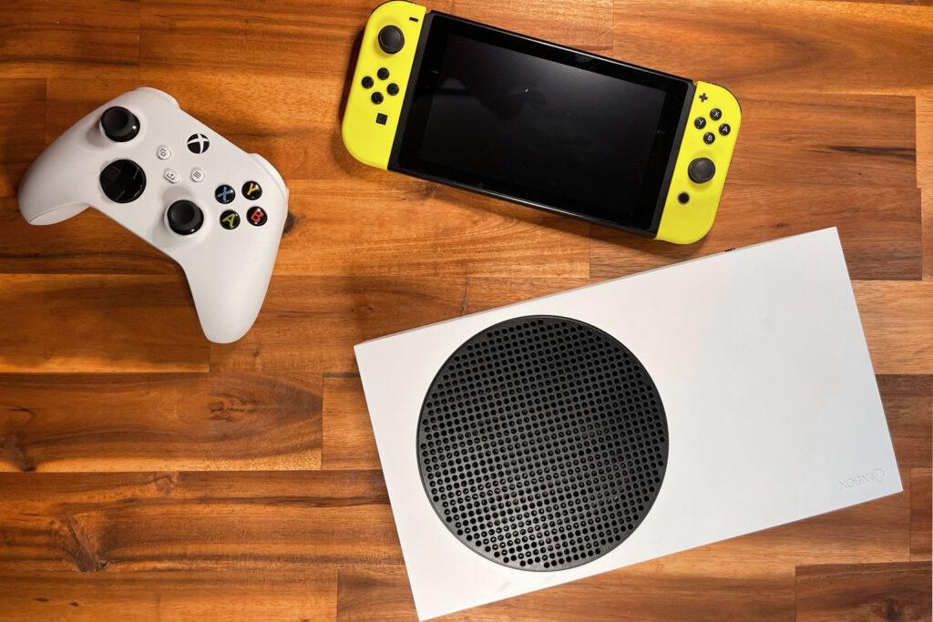 Xbox Series S vs Nintendo Switch